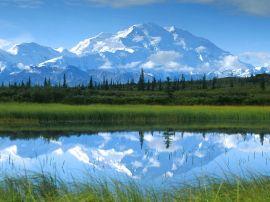 Blue mountain lake - scenery wallpaper