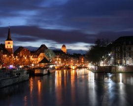 Strasbourg at night - france wallpaper